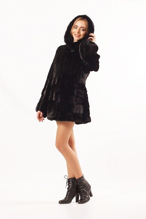 Норковая шуба Ламбада, цвет черный, капюшон, вид сбоку